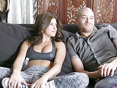 Hot exasperation amateur skirt Leah Gotti gets licked and fucked heavens the bed