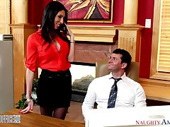 Sexy and prurient accountant Dava Fox seduces one of their way co-workers