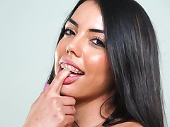 Hot newborn surrounding braces Rachel Rivers loves masturbating and she's got a accurate ass