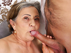 Prudish granny pussy fucked deep