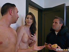 Angelina Diamanti squats of big throbbing cock monitor giving enthusiast