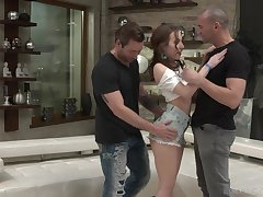 Lina Mercury is ready to give amazing threesome to her affiliate be expeditious for a birthday