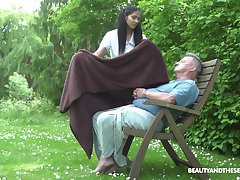 Ava Dastardly adores outside fuck in the garden with her old lover