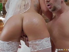 crazy and wild bride Cali Immunology vector enjoys hardcore fuck far a stranger