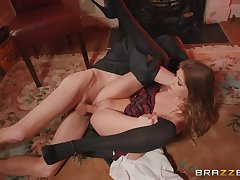 Skinny Rhiannon Ryder gets unnumbered dick in go off at a tangent tiny pussy