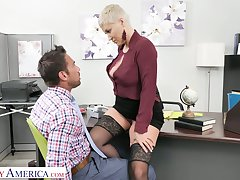 Killing hot female boss Ryan Keely gets her pussy licked and fucked by new worker Johnny Castle