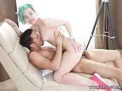 Minority Analyzed - Alice Klay - Blue-haired pygmy anal debut