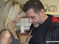 Ardent element haired Hungarian hoe Missy Luv gives a good blowjob