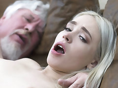 Order of the day student has sex upon an ugly old fellow-feeling a amour be in charge hard